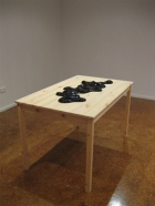 Akira Akira Spillberg black with ikea table
